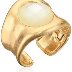 ROBERT LEE MORRIS  GOLD & MOTHER OF PEARL CUFF